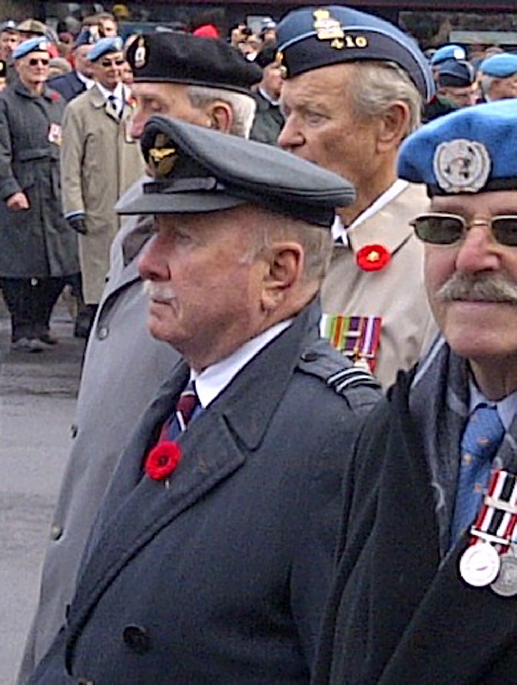 ottawa remembers remembrance day 2012